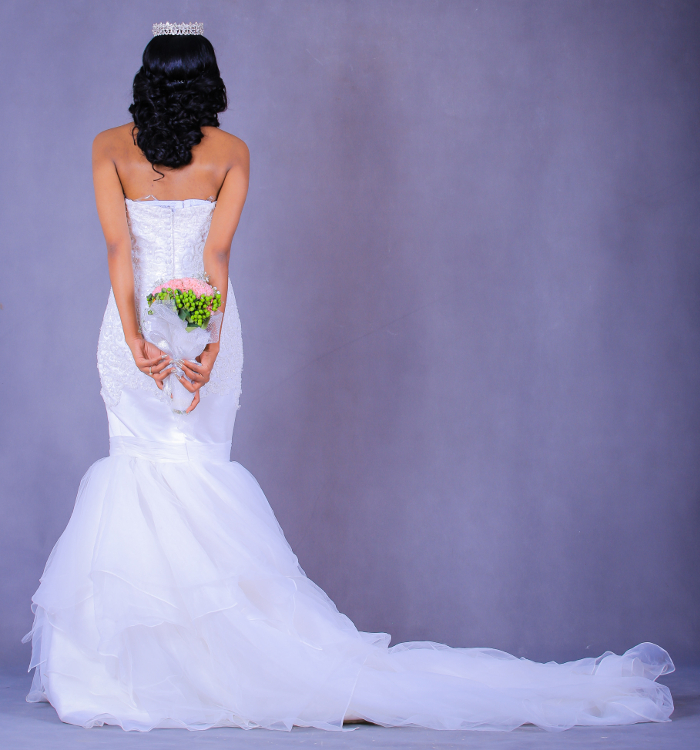 Lang brudekjole