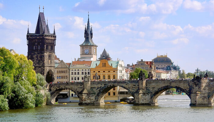 Karlsbroen i Praha.